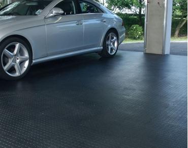 Garage mat